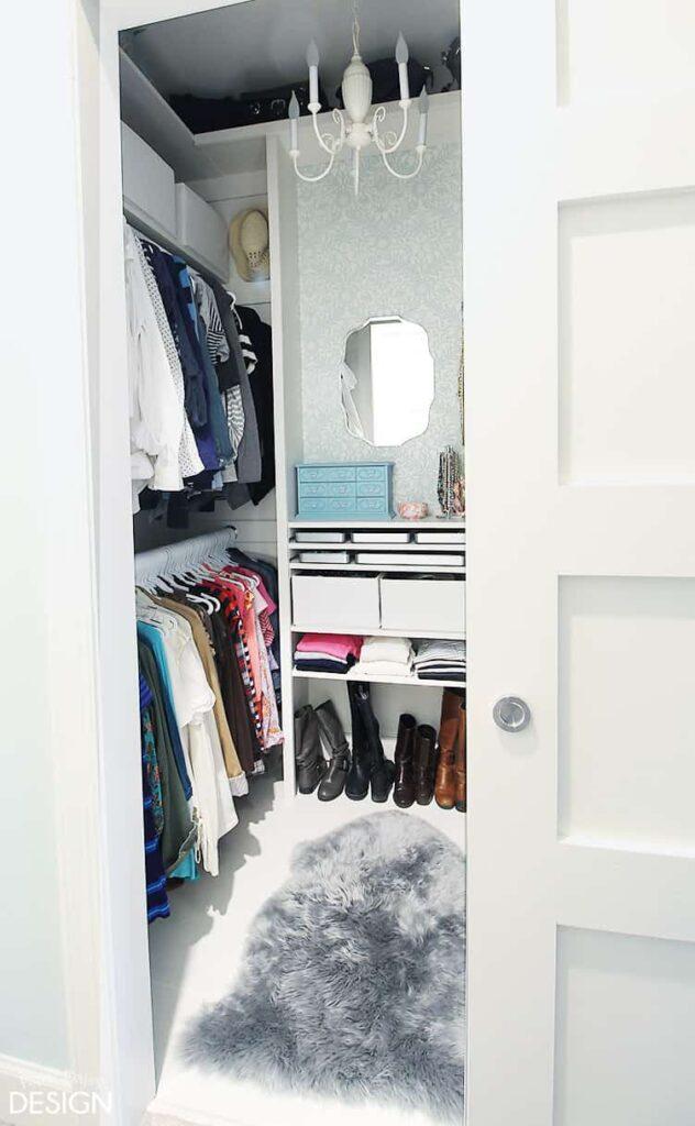 closetdooropen