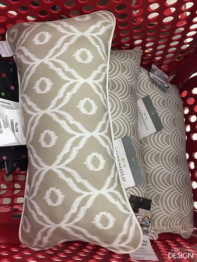 pillowsintarget