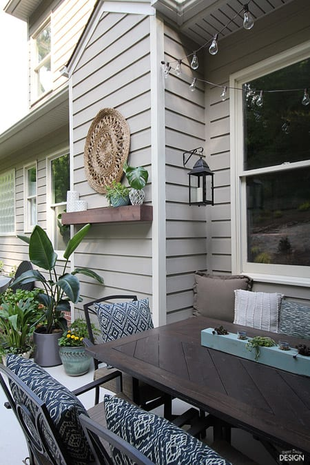 outdoor mantle porch with lights