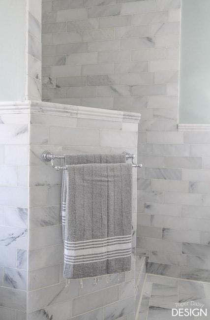 Doorless shower/PaperDaisyDesign.com