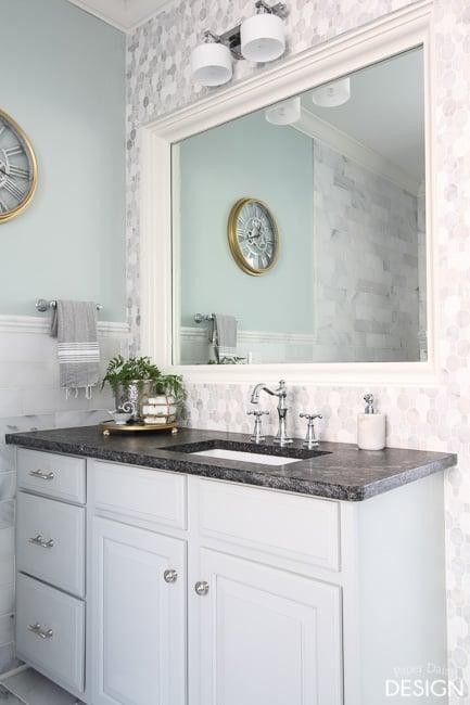 Mosaic wall mirror/PaperDaisyDesign.com