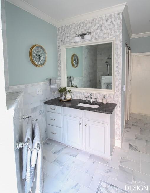 Mosaic wall bathroom/PaperDaisyDesign.com