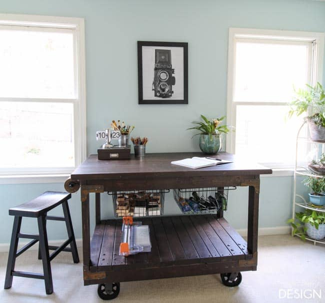 Diy Craft Room Table: DIY Craft Table: Vintage Industrial Cart Inspired Craft