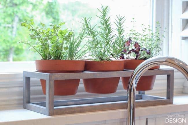 Windowsill planter