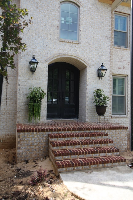 brick-front-porch-arch