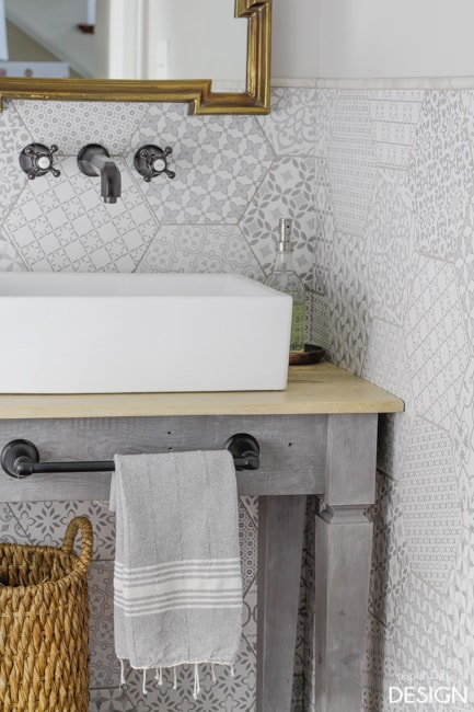 hexagon-tile-bathroom-3311