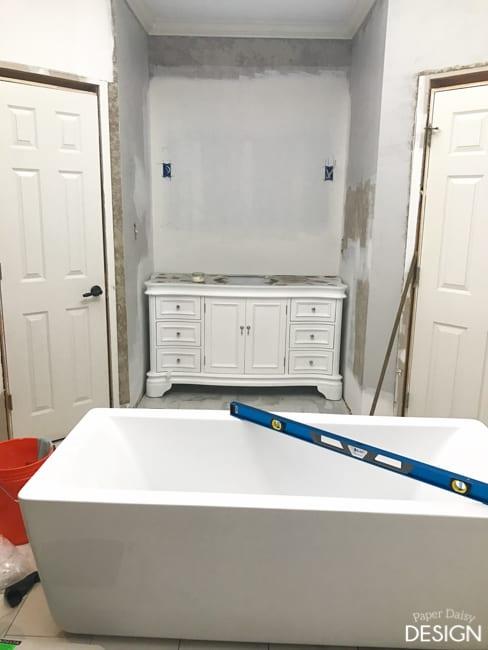 during-master-bathroom-9087