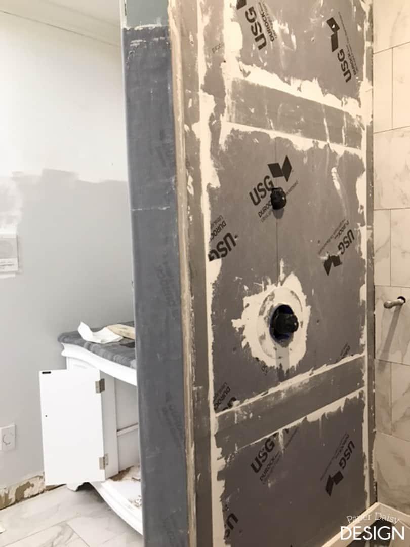 week4-master-bathroom-9435