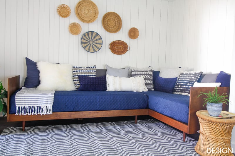 Plywood mid century daybed diy for Diy outdoor daybed plans