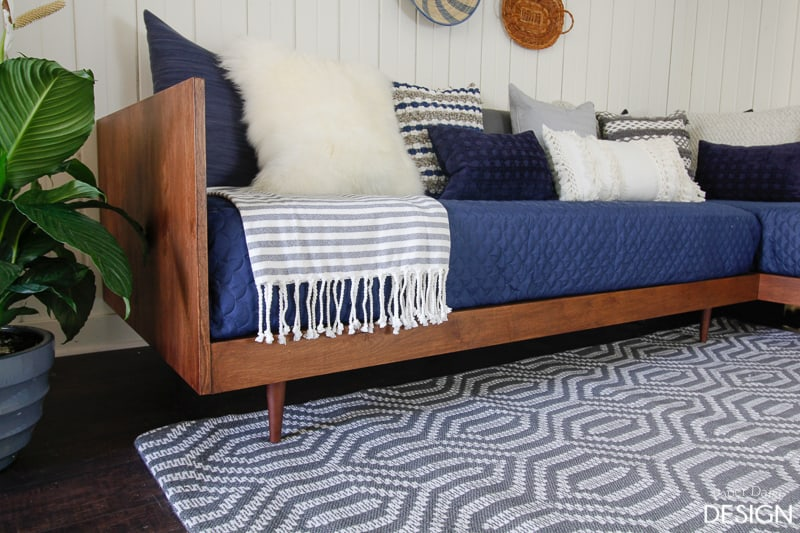 Plywood mid century modern daybed diy deeplysouthernhome for Diy outdoor daybed plans