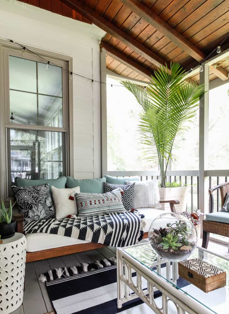 Screen Porch & Outdoor Living Room Makeover