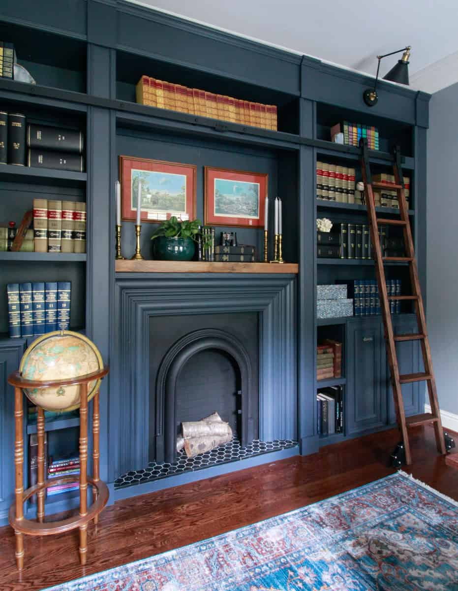Bookcase and Fireplace with Metrie Moulding