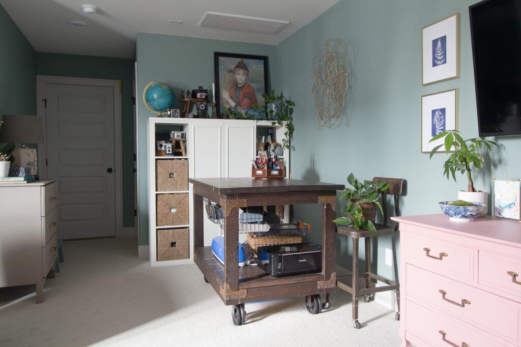 feminine craft room