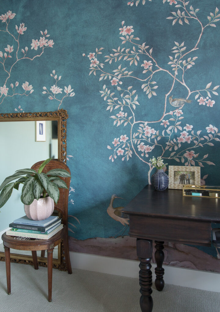vintage finds with chinoiserie mural